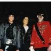Avec la statue la première statue de Michael Jackson au Musée Grévin et King of House