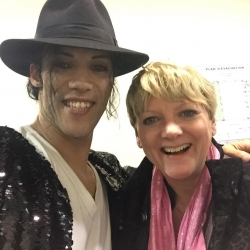 Avec la comédienne Alison Arngrim (Nelly Olson)